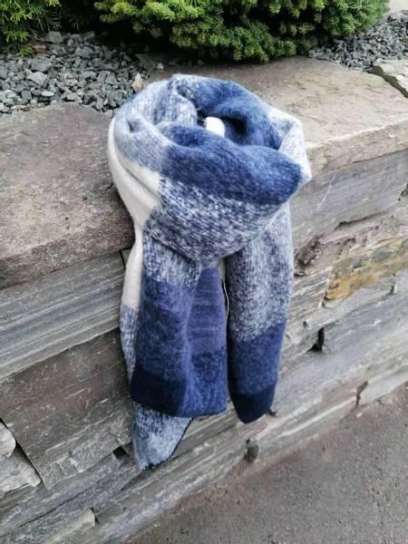 Bilde av BA9696 fluffy blue